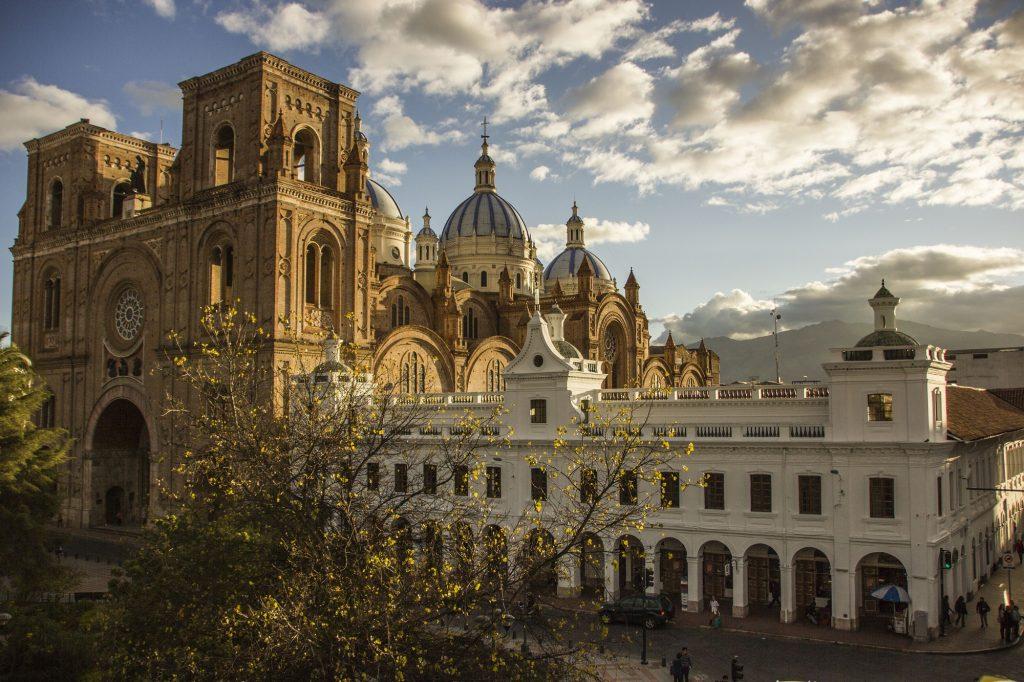 Die Kathedrale in Cuenca, Ecuador