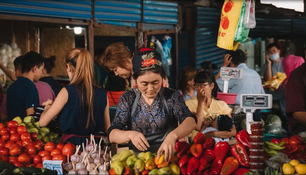 Verkäuferin auf einem Markt