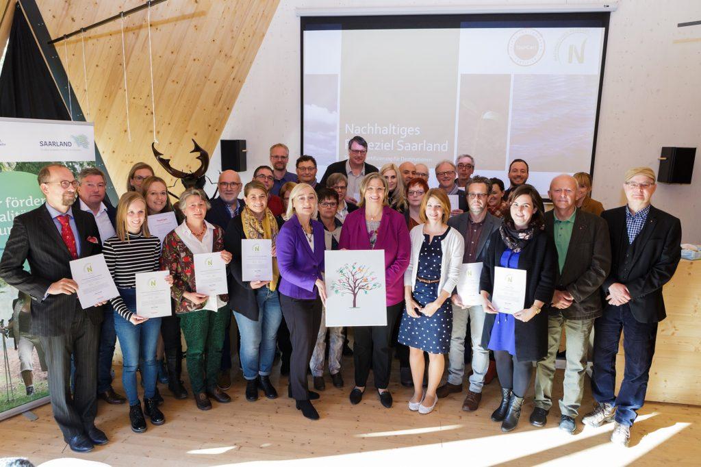 Feierliche Zertifikatsübergabe im Saarland