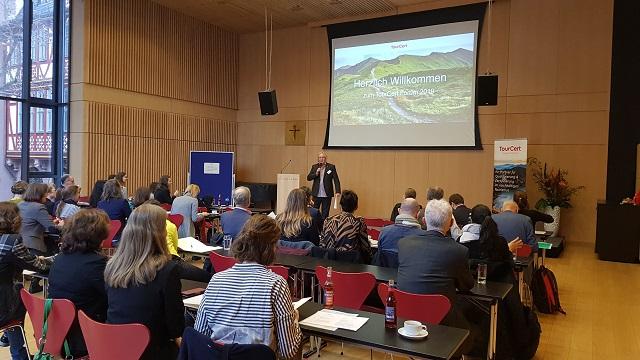 Dr. Peter Zimmer beim TourCert Forum © TourCert