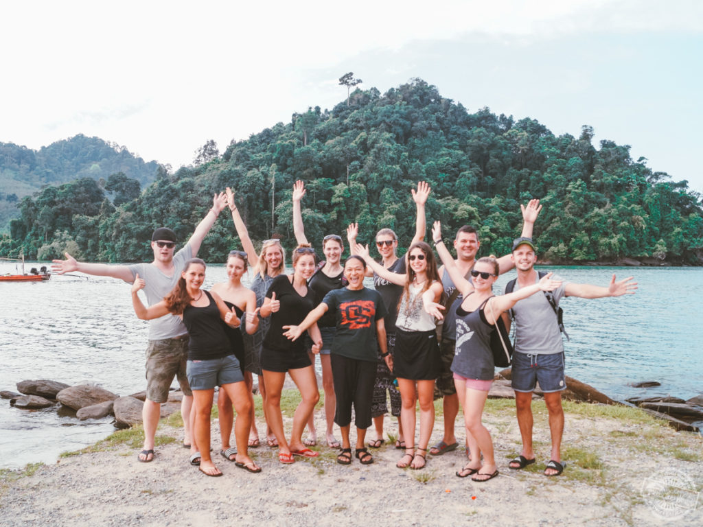 Eine Reisegruppe von Feel the World Travel in Thailand .
