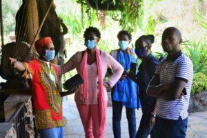 STTA team Tour mit Judy Kepher Gona für das Africa Heritage House in Kenya. © STTA